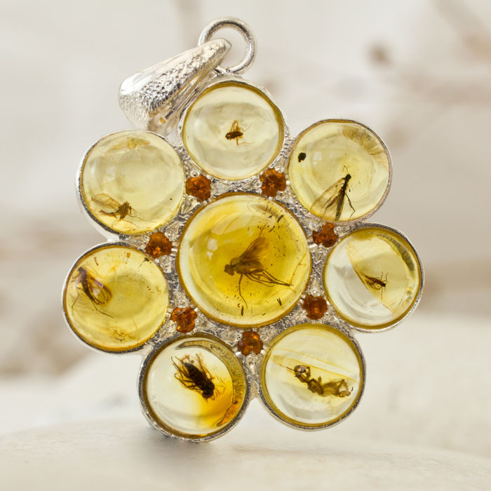 Lovely sterling silver and baltic amber pendant with 8 fossil lovely sterling silver and baltic amber pendant with 8 fossil insects 32 x 23 x mozeypictures Gallery