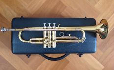 J. Michael Trumpet (Bb) - Quality Bb-trumpet (gold) in solid hard case