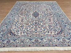 Magnificent NAIN with SILK – oriental carpet with certificate of authenticity approx. 293 x 198 cm – very good condition