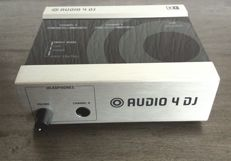 Native Instruments Audio 4 DJ USB Interface