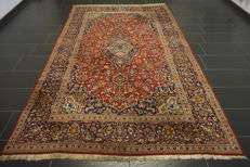 Beautiful, finely handwoven Persian palace carpet, Kashan, cork, 200 x 320cm, made in Iran
