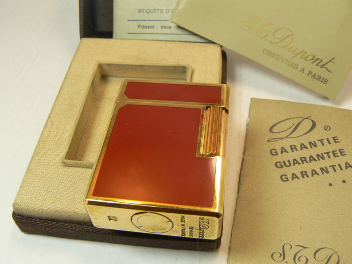 Lighter Dupont Chinese lacquer (red)