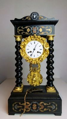 French table clock with pendulum - Napoleon III. 19th century