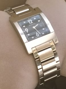 Gucci – 7700 M Swiss Made – Beautiful men's watch – In good condition