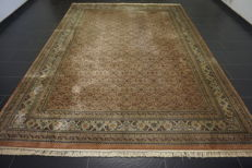 Oriental carpet, Indo Bidjar Herati, 257 x 347cm, made in India at the end of the last century