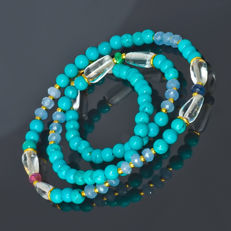 Turquoise necklace with Topazes, Emerald, Sapphire and Ruby  – Length 44.5 cm, 18kt/750 yellow gold clasp