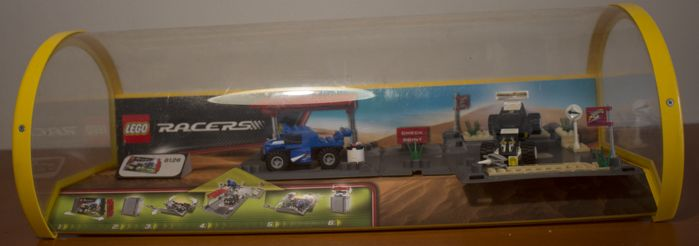 Store Display - 8126 - Lego Racers