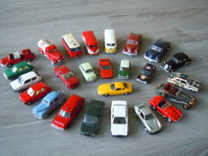 Solido - Scale 1/43 - Lot with 25 models: Opel, Ford, Alfa Romeo, Citroen, Porsche, Mini, Peugeot, Cobra, & Tucker