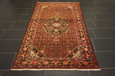 Old Persian carpet Bidjar 130 x 215cm Made in Iran from natural colours
