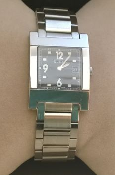 Gucci Swiss Made 7700 M - Splendid men's wristwatch in perfect condition