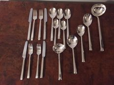 Beautiful 18 pieces silver plated 90 cutlery of the German manufacturer Wilkens.