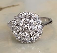 18 kt White gold rosette ring set with brilliant cut diamonds, approx. 1.06 ct