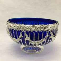 Centrepiece in silver plate and blue glass, England, 21st century