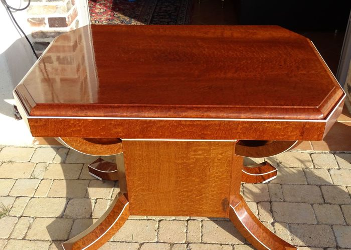 Art Deco game table - in speckled mahogany