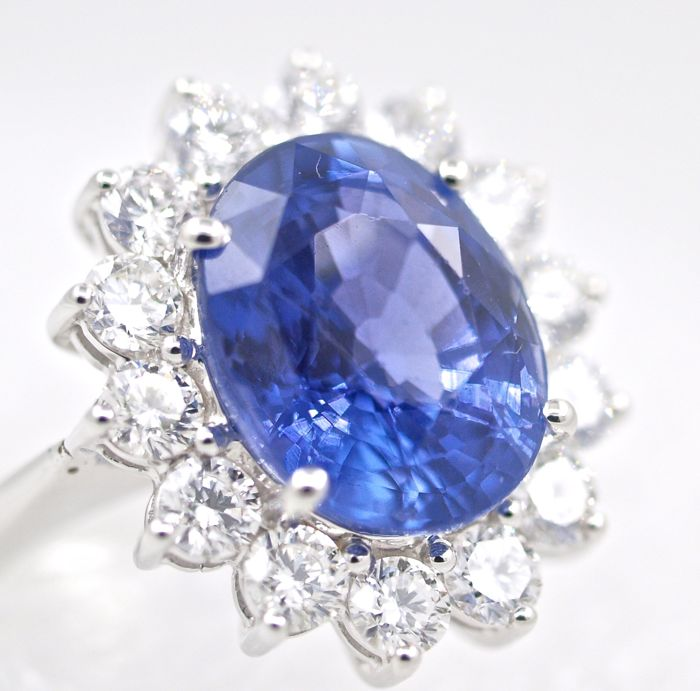 blue unusual auctions gia sapphire unheated kashmir certified