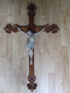 Large wooden cross with carving and corpus - Belgium - C. 1850