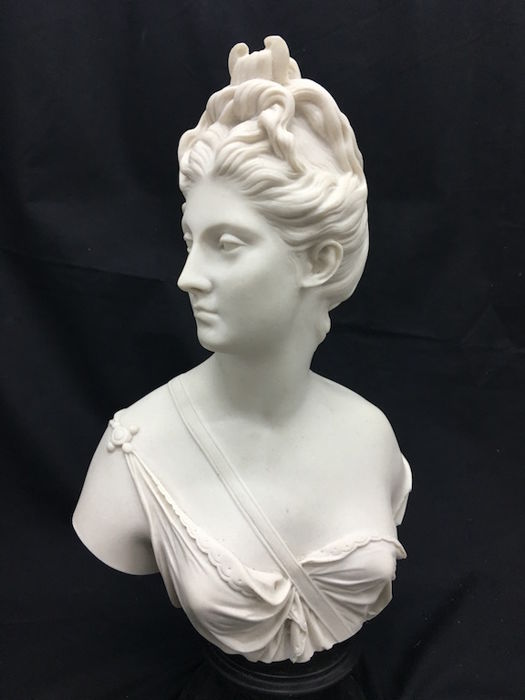 Female bust in marble dust - 20th century