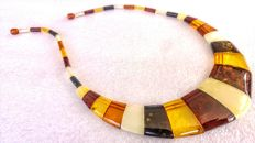 100% Natural Baltic amber necklace, length ca. 46 cm