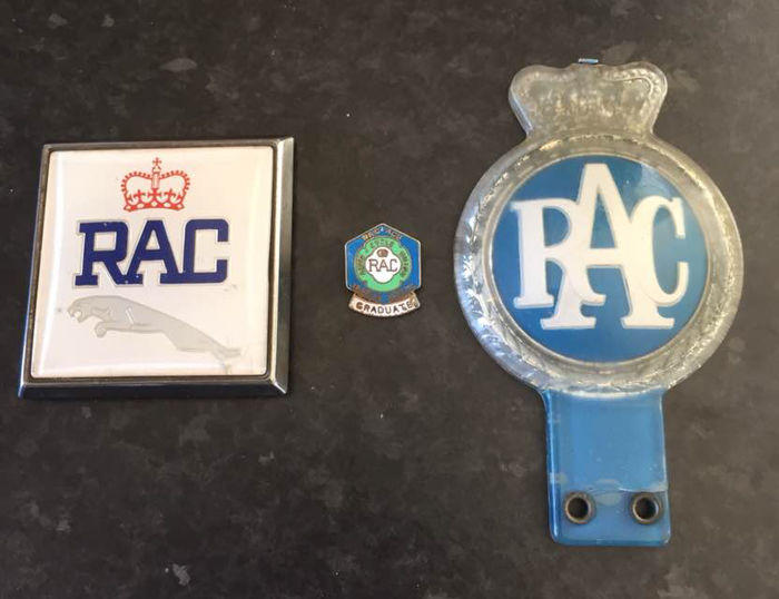 3 RAC automobilia badges