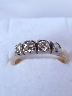 Antique ring with brilliant-cut diamonds, 0.40 ct, colour: i/j, clarity: s1