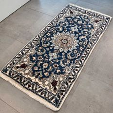 Beautiful light Persian Nain – 141 x 67 – superb appearance