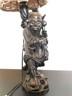 Large woodcarving depicting the immortal Shou Lao, as a desk lamp (56 cm) - China - around 1930
