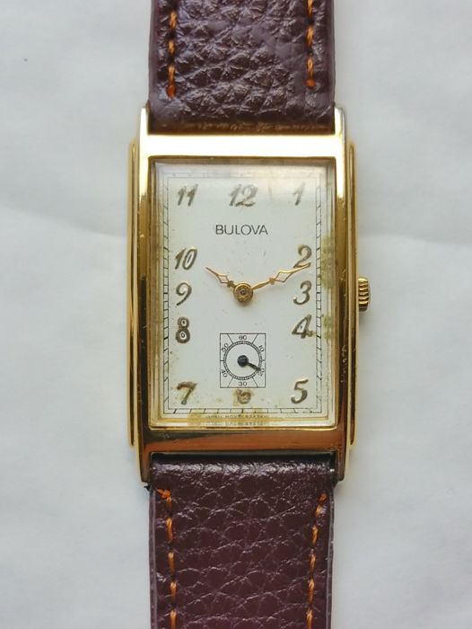 Bulova - Rectangle - Vintage Watch from the 1970s