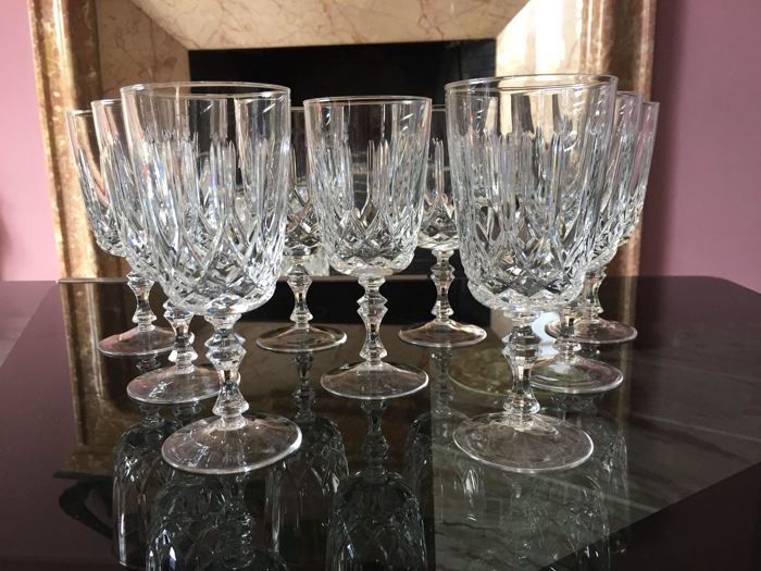 Lot of 9 glasses for wine/water in fine crystal