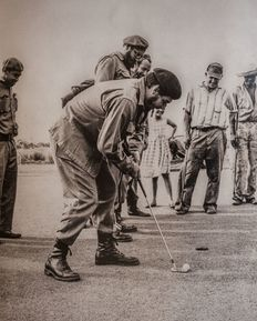 Alberto Korda (1928-2001) - Fidel Castro and Che Guevara playing golf - Havana - Cuba - 1961
