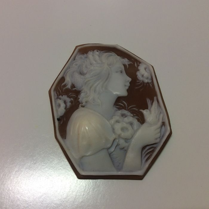 Engraved cameo - 57.6 mm