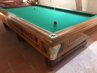 Ursus billiard table - entirely made of wood masks for the holes made of brass - with a corresponding side for the pool cue, balls and score abacus - second half of 20th century