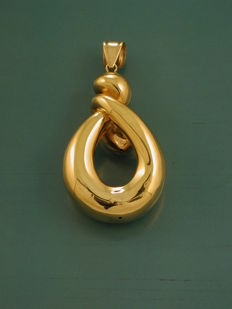 Pendant in 18 kt yellow gold - 6 x 3 cm - 8.40 g