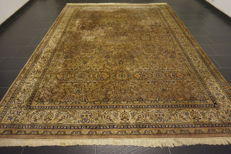 Oriental carpet, Indo Tabriz, 260x350 cm, made in India, end of the last century