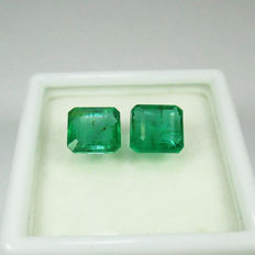 2.60 Ct - Emerald Pair - No Reseve