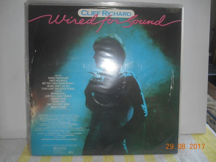 Cliff Richard \'\'lot of 15 albums incl 1 double album \'\' - Catawiki