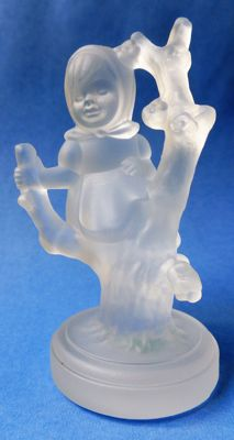 Hum.:8501 GOEBEL CRYSTAL 'APPLE TREE GIRL' -1990 / Box incl.