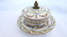 Sugar bowl in porcelain and bronze, France or Coalport, circa 1920