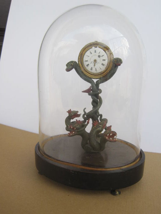 Vitorian Table Clock Sec. 19 - Snakes - F.H. Muller - A. Pierre