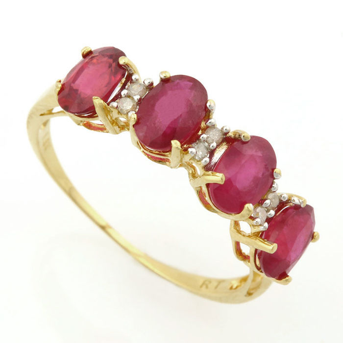 14K. Gold Ring With 0,03 ct of Diamonds and Ruby. Ring Size France 54