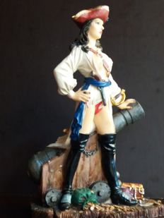 Fantasy art; Figurine of sexy pirate woman - 21st century