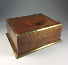 Mahogany wood jewellery case with brass bands - France - early 20th century