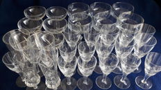 Crystal and glass 32 pieces