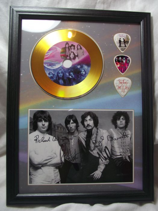 Fantastic, 'Pink Floyd' framed photo and gold record effect CD disc and plectrum display.