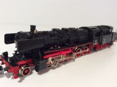 Fleischmann N - 7175 - steam locomotive with cabin tender BR50 of the DB (1784)