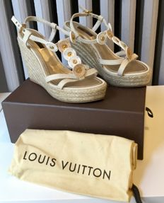 Louis Vuitton - Open-toed wedge sandal- Never worn