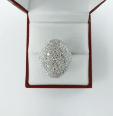Beautiful 18 kt Ladies Ring with Diamonds total 4.37 ct - size 55 / 17 mm