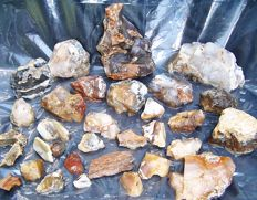 Eastern European Mineral Natural Rough Stone Collection, Chalcedony Quartz, Quartz Crystal, flint, Chert fire, Quartzite, Agate, Opal, Chrysoprase - 30 mm and 150 mm - 4800 gm