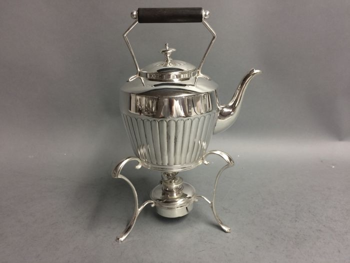 "Silver plated tea pot on brazier, so-called ""bouilloire"", England, ca. 1925"