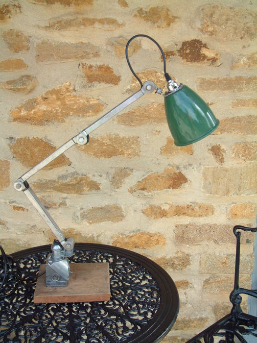 EDL - Machine/machinist lamp