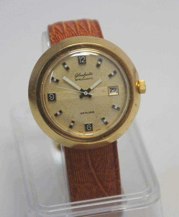 GUB Glashütte Spezimatic – casing jumbo design – men's watch – 1964-1980